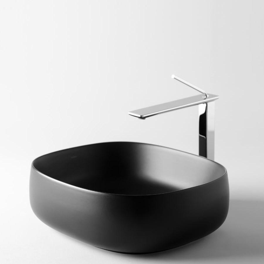sort håndvask Seed 1 sort firkantet håndvask i til bordplade desigi Italien. sort håndvask